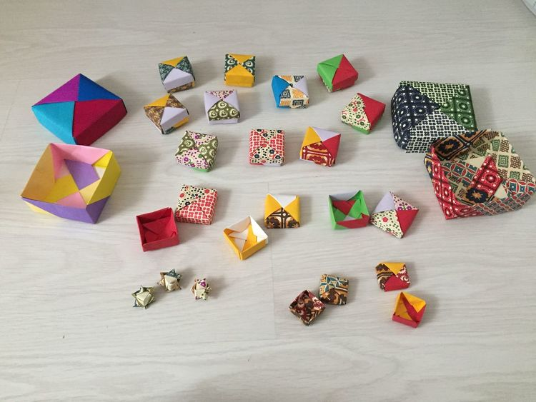 Art Is Everywhere Creativity Large Group Of Objects Basteln Mit Papier Variation Multi Colored Origami Art Origami Origami Boxes 3XPSUnity Something Special Made By Me