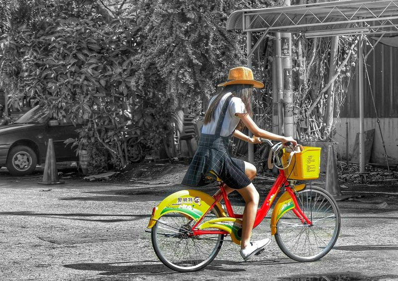 Cyclist Cycling Cycle Cycling Around Girl With Hat Girl With Bike Colour Splash Black And White Pedalling Red Bike Red Bicycle Summer Days Hat Red Puddle Yellow Creative Creativity Colour Of Life Pivotal Ideas People And Places