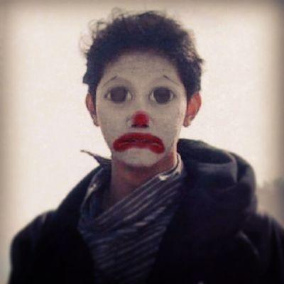 Onfacebook yen jare lucu yo nganggo gambar badut Funny Photo Clown Face Rednose  Bigeyes SutroFX Instagram lan pas lagi Sad