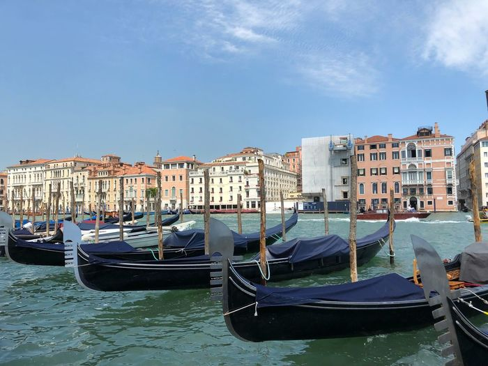 Gondola - Traditional Boat Venice, Italy Venice Nautical Vessel Mode Of Transportation Transportation Water Building Exterior Sky Architecture Built Structure Moored Nature City Travel Destinations Waterfront Travel Day Residential District Cloud - Sky No People Building Outdoors