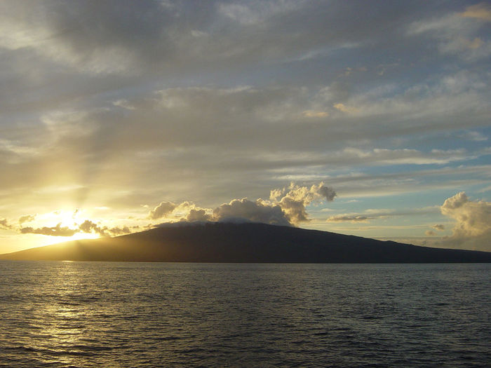 Expeditions Ferry Hawaii Island Of Lanai Lahina Rhoad Clouds Island Ocean Sky Sunset