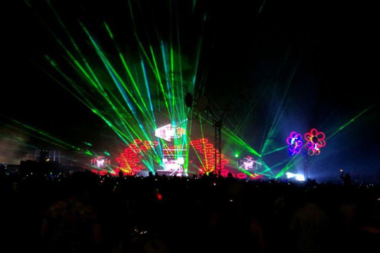 Colour Of Life Weekend Festival Celebration Lot Of People Night Lasershow Helsinki Festival Season