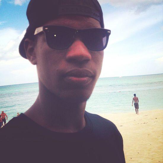 Allme AllBlack Everything Beachday Everydayisaholiday