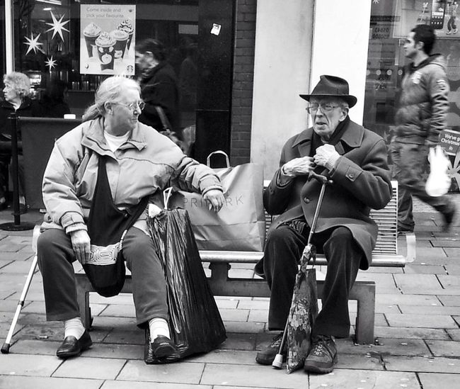 Time to rest from the christmas shopping. People Blackandwhite Street Photography Sitting Resting On The Streets Streetphoto_bw Oldtimer Wolverhampton Streetphotography
