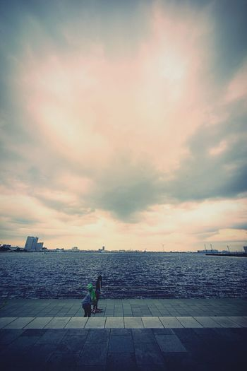 Seascape Sea And Sky Clouds And Sky Landscape Walking Around Super Wide Angle Snapshot 広角機動隊 Taking Photos People Watching EyeEm Best Edits