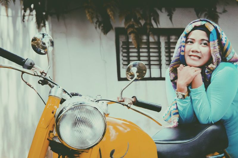 Retro with hijab Vscocam Lightroom Borneo