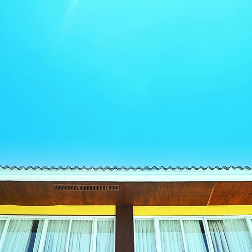 Windows, roof,