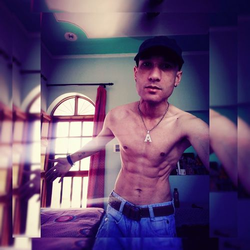 Everyday is a Abs day. Abs Waist Up Summertime Pic Of The Day Tattooed Hello World That'sme Selfportrait Faces Of EyeEm Selfie ♥ People Of EyeEm