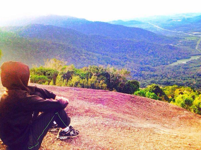 I just love hoodies! Sun rise worth waiting~ Peaceful Hiking EyeEm Nature Lover Femalefitness