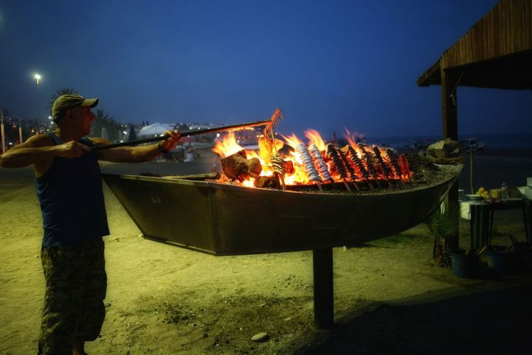 Night on the beach Investing In Quality Of Life Nightphotography On The Beach Cooking Fire Colour Your Horizn