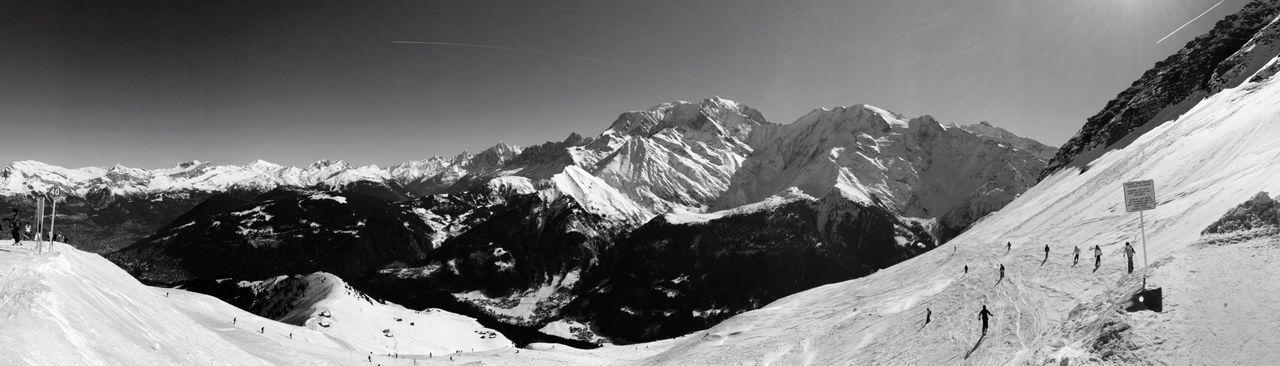Du Mont Joly le Le Mont Blanc est fantastique ... Panorama Blackandwhite Mountain View Saint Gervais Skiing