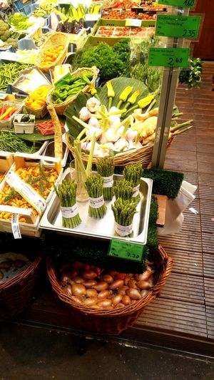 Vegtabels Freshness Green Color Large Group Of Objects Green No People Marketplace Retail  Plant Close-up