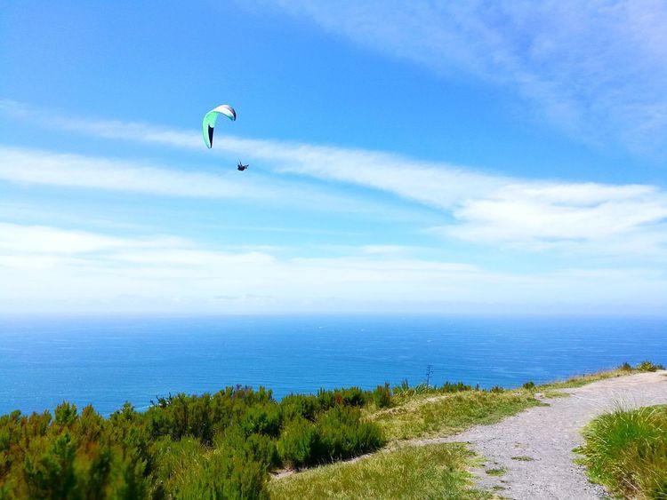 Flight Nature Naturelovers Paragliding Parachute Extreme Sports Flying Sea Water Adventure Beach Sport Mid-air Parasailing Kiteboarding Stunt Person Airshow Gliding Aerobatics EyeEmNewHere