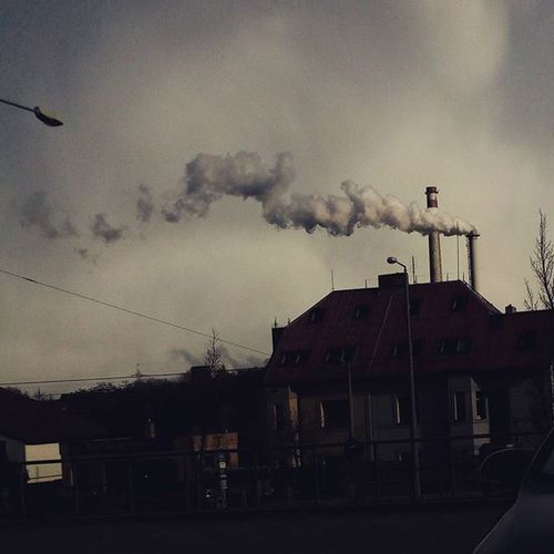 Pollution is very dangerous so be on your guard. ☁🏭 Pollution Dark Sad Enviroment Badnature Nature Pilsen Cz Bad Clouds Cloud Smoke