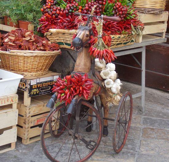 Market Peperoncino Piccante Salentino Puglia Puglia South Italy Spezie Italy Holidays My Life Nature People Mercato Fiera Lecce City Horse Cavallo Carretto