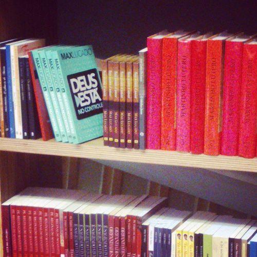 Apaixonada pela Livraria Cultura *_* e ainda de quebra encontro um livro do Max Lucado na prateleira eeeelaiia Relax Maxlucado Delicius Cheirinhodebolo