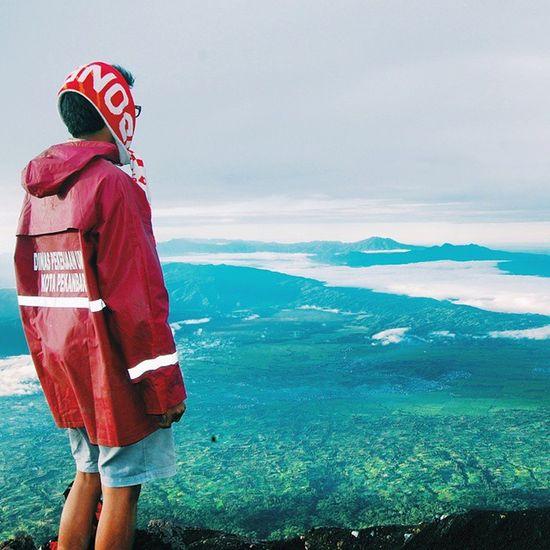 Good morning indonesia.. Indonesianrepost Indonesia_photography Jalan2man Kerengan Instagunung Portraithuman Exploresumatra