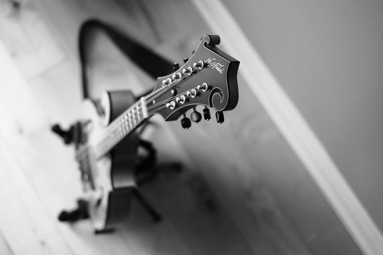 Mandolin Music Musical Instrument Musical Instrument String EyeEmBestEdits Mandolin 35mm F1.4 Priimephoto Priime Fuji Xpro1 EyeEm Best Edits Fujifilm_xseries Monochromatic Monochrome Photography Blackandwhite Fujixseries Monochrome _ Collection Leisure Activity