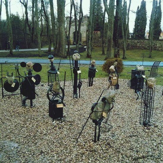 Sigulda_latvija Sculpture Army Sigulda Knights :)