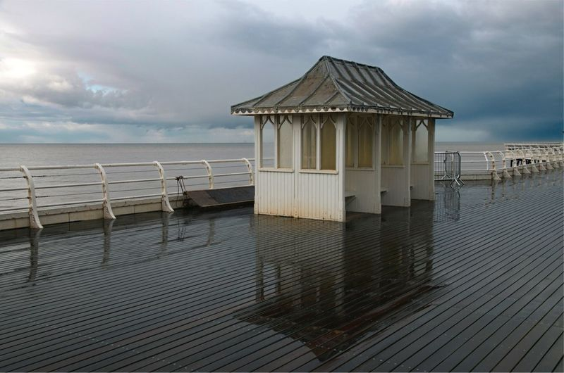 Somewhere to sit Stormy Day Shelter Seating Somewhere To Sit Seaside Hut British Pier Seaside Pier Cromer Pier Pier Reflections Rainy Day Sky Water Cloud - Sky Sea Architecture Beach Built Structure Horizon Over Water Nature Beauty In Nature Horizon Scenics - Nature Tranquil Scene Tranquility Building Exterior Pier Outdoors No People Day