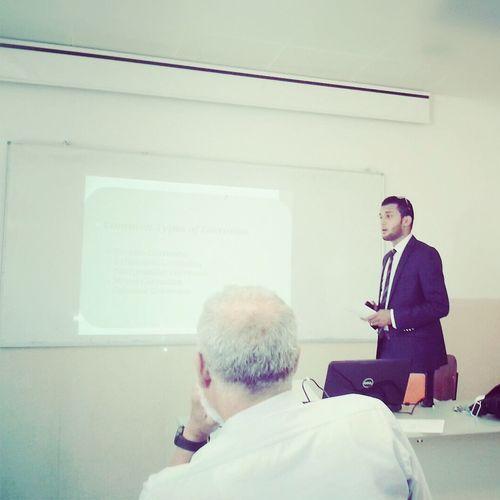 يوم مناقشة مشروع تخرجي لنيل شهادة البكالوريس هندسة طيران University Of Tripoli Tripoli My Camera Liverpool #ALCAPOAVICII