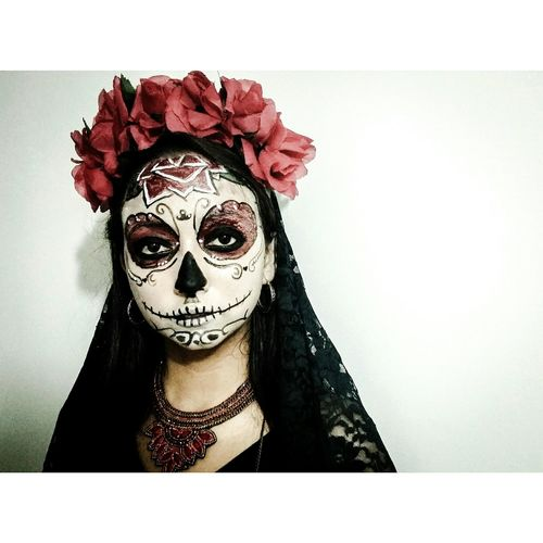 Halloween Outfit Makeup Death Portrait Nightclub Party Fiesta Lamuerte Catrina Dayofthedead First Eyeem Photo Me