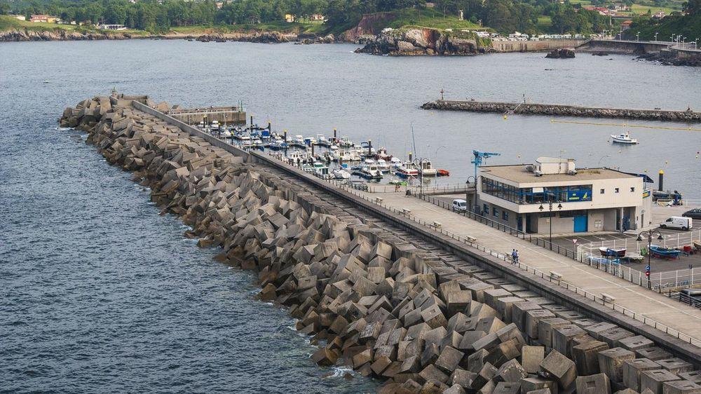 Blocks Boats Breakwater Concrete Day Sea Seaport Water
