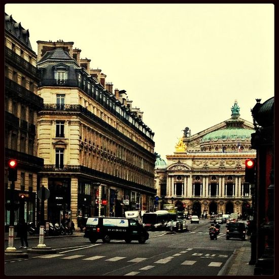 Good morning Paris ! Hello World Paris ❤