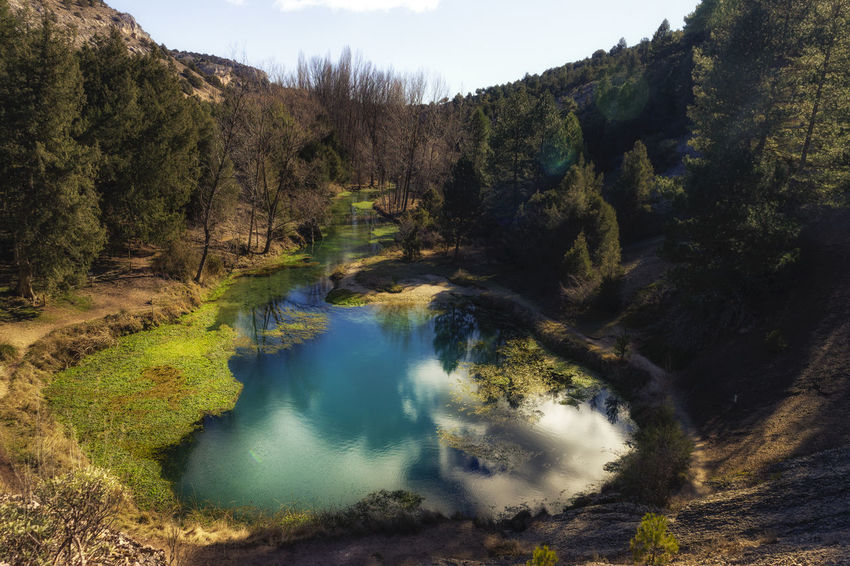 Fusión de azules Aventura Exploring Live for the Story Nature Nature Photography Reflection Soria Vida Water Reflections Beauty In Nature Canon Canon_photos Canonphotography Forest Fuentona Landscape Landscape_photography Mountain Muriel Nature No People Senderismo Tranquil Scene Tranquility Water
