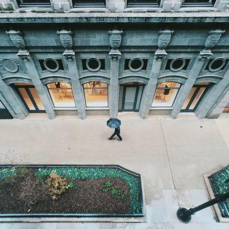 ☔️ | Instagram @cocu_liu Streetphotography Rainy Days Umbrella People Photography Chicago MidWest Urban Geometry Urbanphotography Lookingdown The Street Photographer - 2016 EyeEm Awards