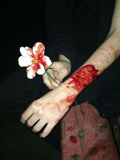 ⚰ Grunge Stainless Steel Silencer Selfharm Flowers Midnight Happydays Blood Pale Palegrunge Hurt First Eyeem Photo