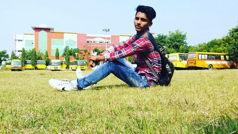Civil engineer in Sri sai group of institute, badhani pathankot Punjab India Only Men One Man Only One Young Man Only One Person Casual Clothing Men Sky City Musician Relaxation Outdoors People Portrait Day First Eyeem Photo EyeEmNewHere
