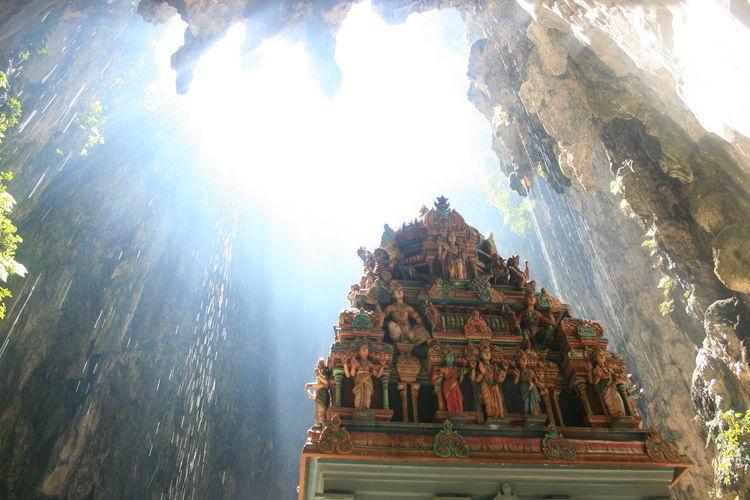 Batu Caves Batucaves BatuCavesHinduTemple Cave Hindu Temple Hole Light Light And Shadow Sacral Sacral Architecture Sacral Building Sacral Place Temple