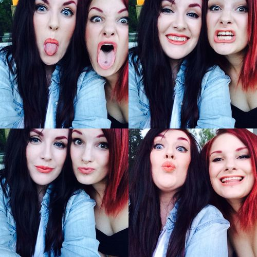 Girls Me And My Bff Partyin Selfie