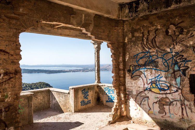 Graffiti Built Structure Ruins Shadows & Lights Mallorca Abandoned Abandoned Buildings