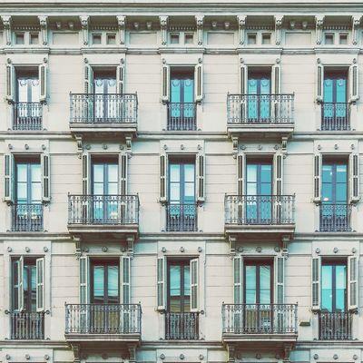 With eyes wide open | Con los ojos bien abiertos Architecture Straightfacade Enjoying Life Window