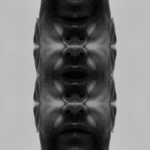 Symmetry Symmetryporn Symmetrybuff Mirroreffect mirrorgram