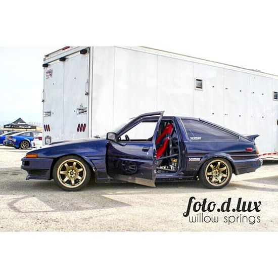 Had to post this photo of @takaaono86 fresh Toyota corolla ae86. So clean Justdrift Meganracing Topdrift Topdriftlimited Toyota Corolla Ae86 Carporn Fotodlux Portrait Levin Trueno Willowspringsraceway Williowsprings Horsethiefmile Jdm Toyotacorolla Like Comment Follow Iamthespeedhunter Takaaono
