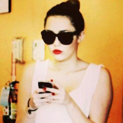 @mileycyrus @linilove0o Milesbians Mileycyrus Smilers