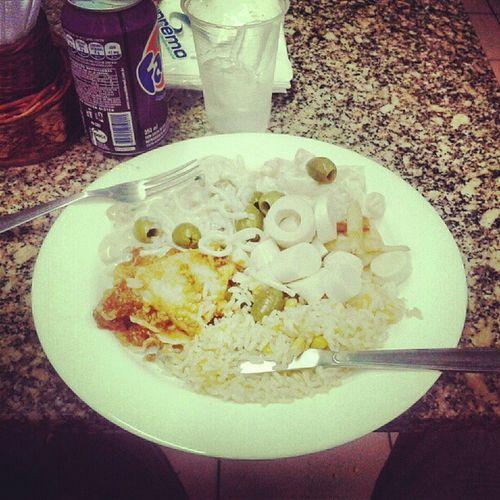 Prato self-service no hiper bom preço:R$14. Almoçar com pai e mãe: não tem preço...