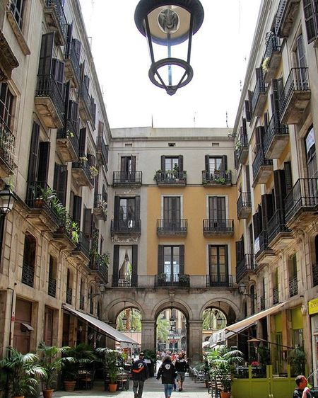 Yard in Barri Gothic quarter, Barcelona EEprojects Canon_photos Snapzone LiveTravelChannel Travelawesome Urbanscene History Architecture Building Design Lamp Exterior Mediterranean  Yard Highsociety House España Catalunya Barcelona SPAIN Barriogotico Architecturephotography Tourism Light Cbviews earthfocus ig_masterpieceigshotzspain_vacationsexploretocreate