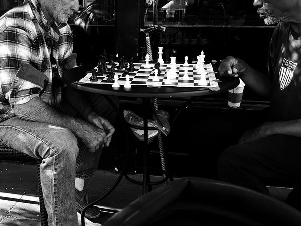 Chess Playing Chess Streetphotography Street Photography Streetphoto_bw Streetphotography_bw Black And White Photography Black Vs White Old Players Meeting Of The Minds Game Time!
