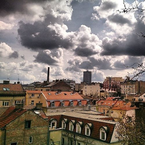 Serbie Serbia Srbija Cielo sky nebo soleil sun sunce spring prolece starigrad oldtown skadarlija dorcol belgrade beograd serbia srbija instagramsrbija instagramserbia serbstagram ig_srbija
