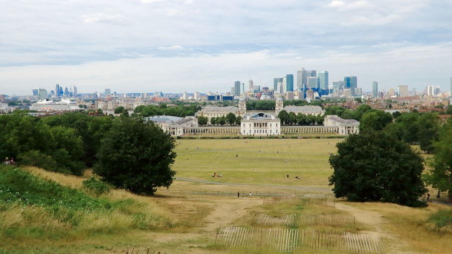 The Greenwich and London Skyline Canon Dpp City Greenwich Greenwich Park London Skyline Architecture Building Exterior Built Structure Canon Canon 70d Canon Dpp Cityscape Cloud - Sky Day Field Green Color Landscape Outdoors Sky Skyscraper An Eye For Travel