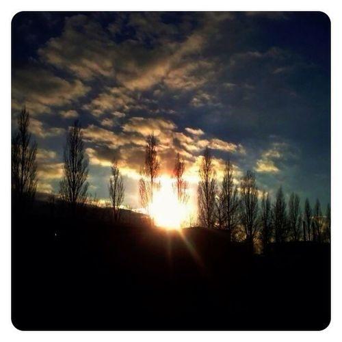 Sky Skyporn #sunset #sun #clouds #skylovers #sky #nature #beautifulinnature #naturalbeauty #photography #landscape Sunporn