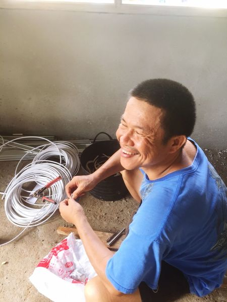 Working Men Tecnical EyeEm Selects One Person Water Cleaning Lifestyles Adult Washing Housework Indoors  Men Domestic Life Real People Casual Clothing Smiling Happiness Clean