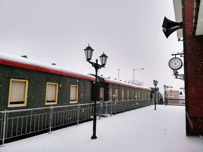 Cold Temperature Train - Vehicle Winter Outdoors Snow Snowing Railway Station Train Station Train Snowfalling Snowfall Snowflakes Transportation Transport Transportation Vehicle Retro Retro Train Oldschool Retro Transport Oldstyle Old-fashioned Retro Design Retro Styled Architecture Wagon  Shades Of Winter