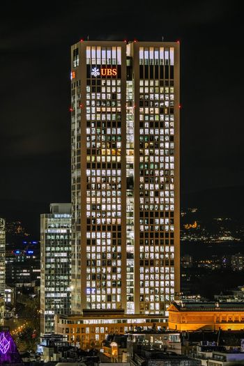 To all the stalkers out there. 😉 City Night Architecture Building Exterior Skyscraper Illuminated Cityscape Frankfurt Ubs Opernturm Hessen Germany Swiss Window Stalker Minimalism
