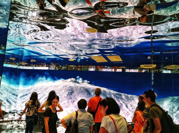 Showing Show Colors Ceiling Reflection Reflection Mountain Peak Snow And Wnd Snowcapped Group Of People Real People Crowd Women Lifestyles Men Leisure Activity Enjoyment