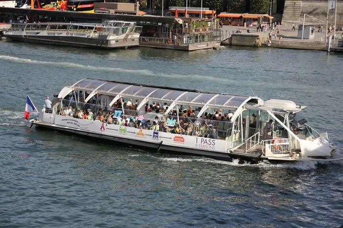 River Paris Bateau France Boats Seine La Seine